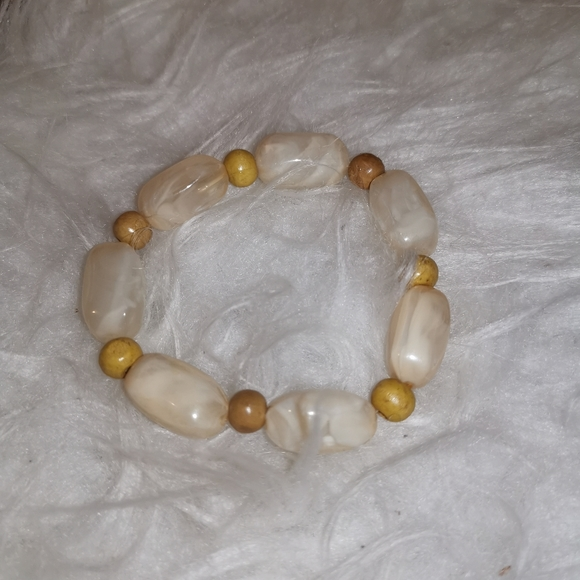 PALE pink/cream and gold thick bead bracelet